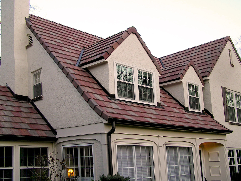 Ludowici interlocking roof tile installation - TN